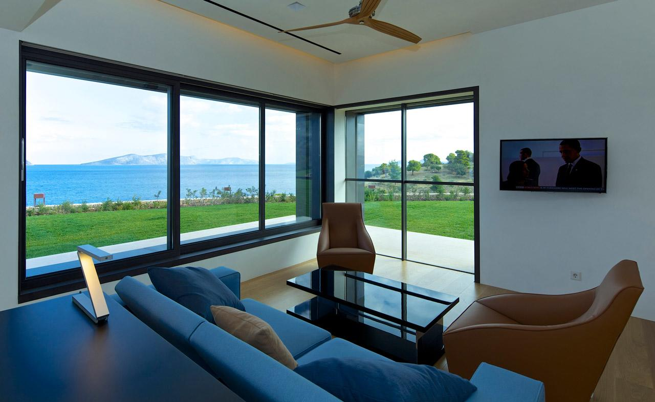 Sias-Projects-Samaras-Legoretta-Legoretta-Architects-Residence-in-Porto-Heli-03